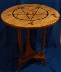 table tipping table